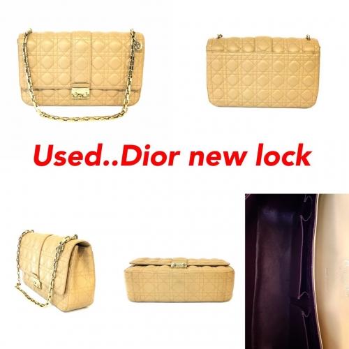 Dior New Lock หนัง Lamb สีBeige ghw
