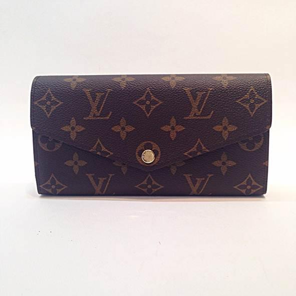 ก.ป Louis sarah wallet monogram