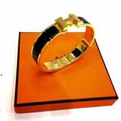 Hermes ClicClac Size S เส้นเล็ก สีดำ อะไหล่ทอง